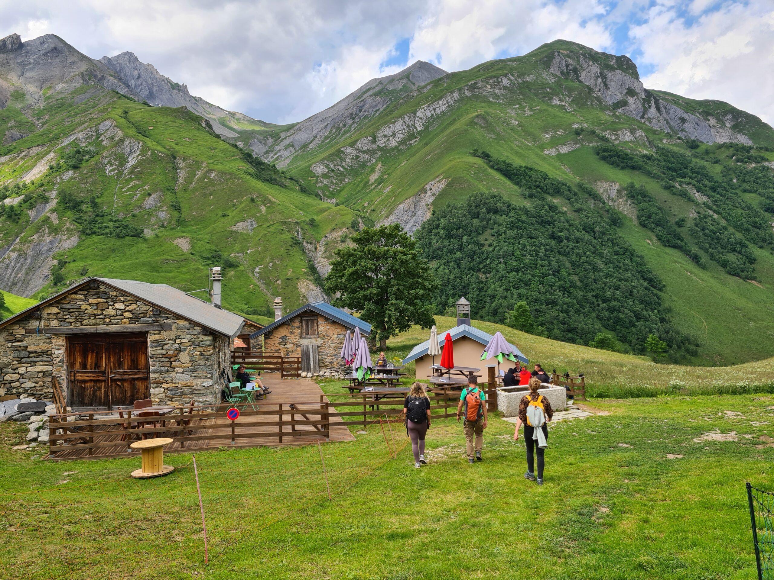 De berghut Gittamelon midden in het hart van de vallei Encombres