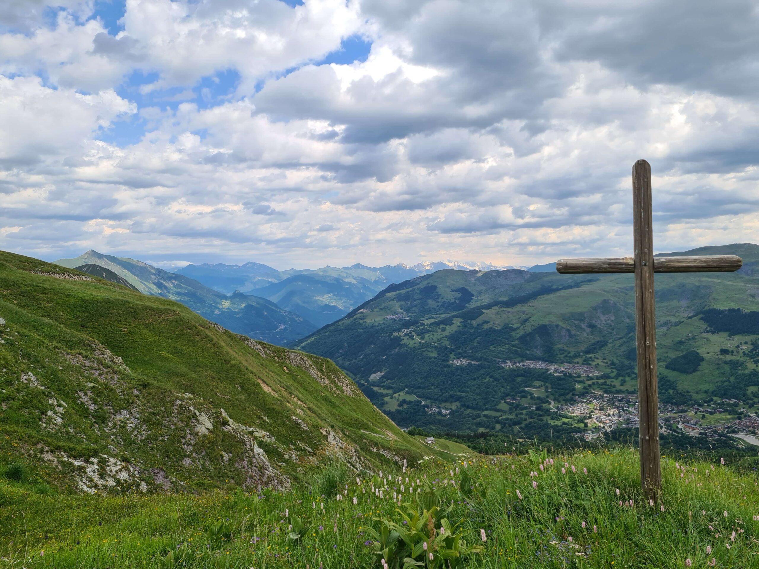 Prachtig vergezicht op de Mont Blanc vanuit de Encombres vallei