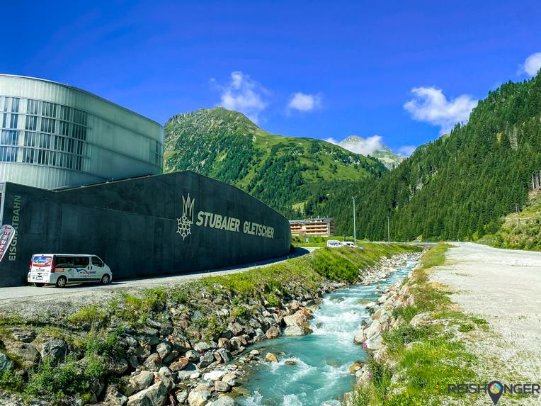 De hypermoderne Eisgratbahn Stubaier Gletscher