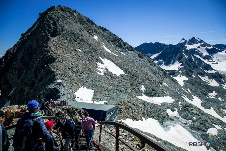 Trappen naar de top van Tirol